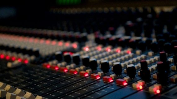 Tule osale koolitusel: Audio miximine edasijõudnutele